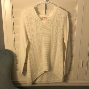 Comfy and Fashionable Cream Sweater